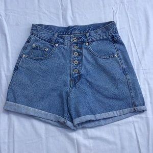 Cute vintage high-waisted button fly shorts. EUC